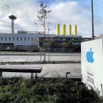 Des signes indiquent qu'Apple clarifie sa présence à Seattle lorsque le logo apparaît dans un nouveau bureau près d'Amazon